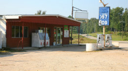 Gas prices coming down at Crossroads Store october 1 featured
