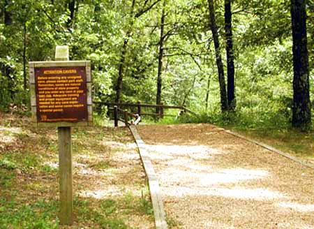Ozark hiking in missouri with your cabin stay by the for Ozark national forest cabins
