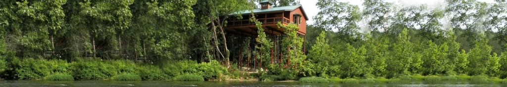Missouri Treehouse cabins - River Lighthouse Cabin
