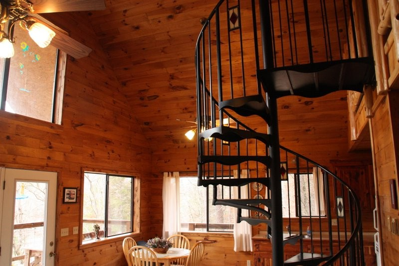 Missouri Treehouse Cabin Family Vacation Ozarks