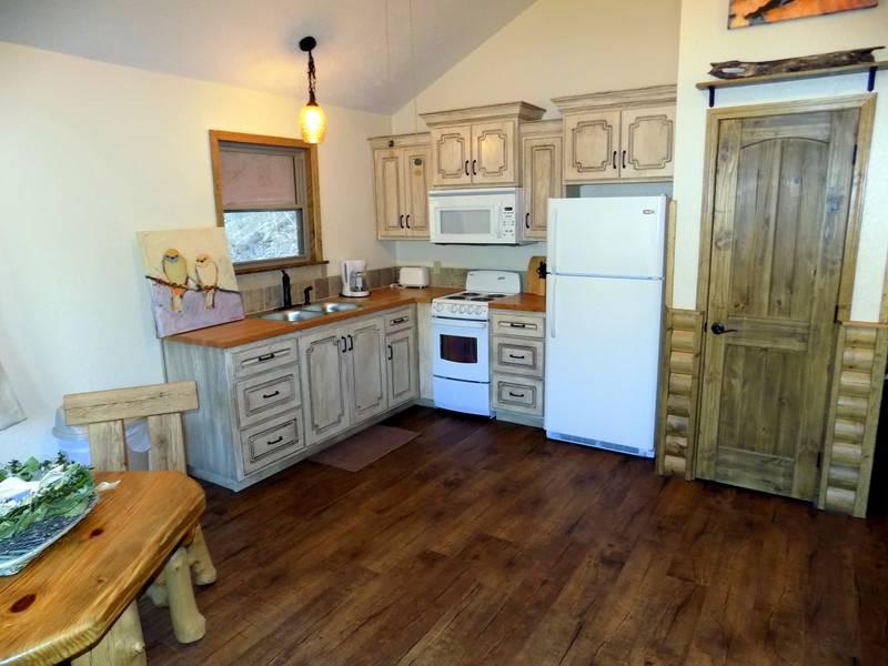 white-oak-cabin-001