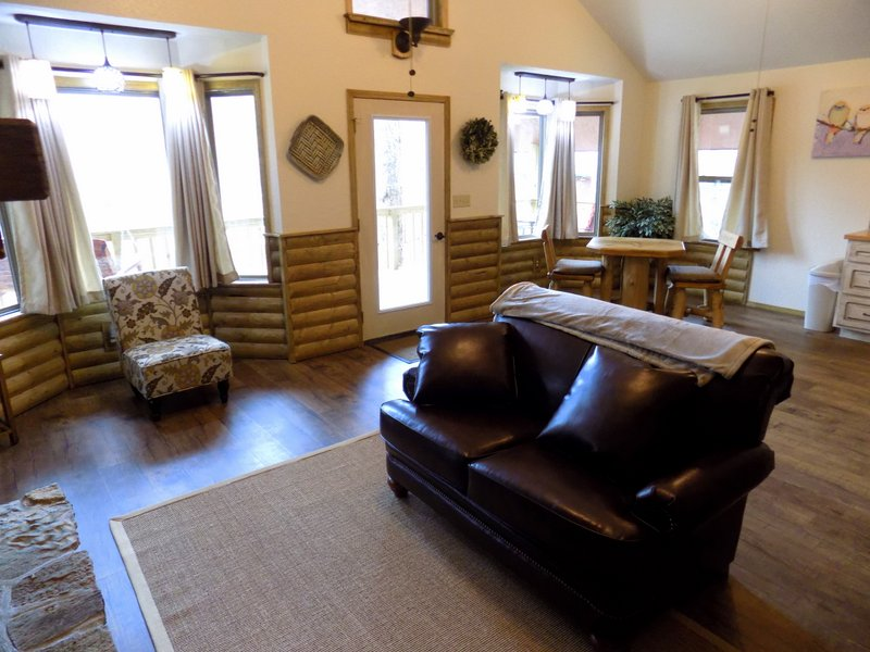 white-oak-cabin-1006