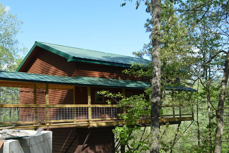 Missouri Treehouse Rio Vista Cabin