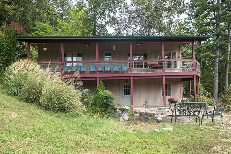 Tree House Cabin Falls House