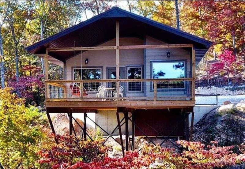 Missouri Romantic Honeymoon Cabin for two