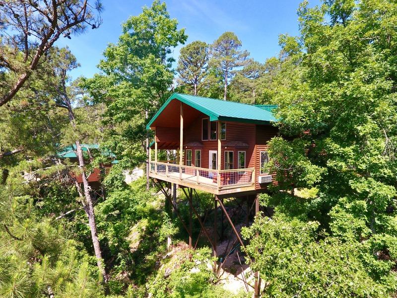 Missouri Romantic Honeymoon Cabin for two