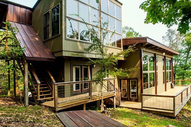 Missouri Cliff House family vacation fly fishing lodge