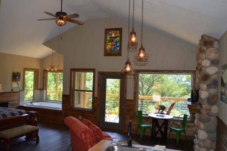 River Falls Cabin 001-001
