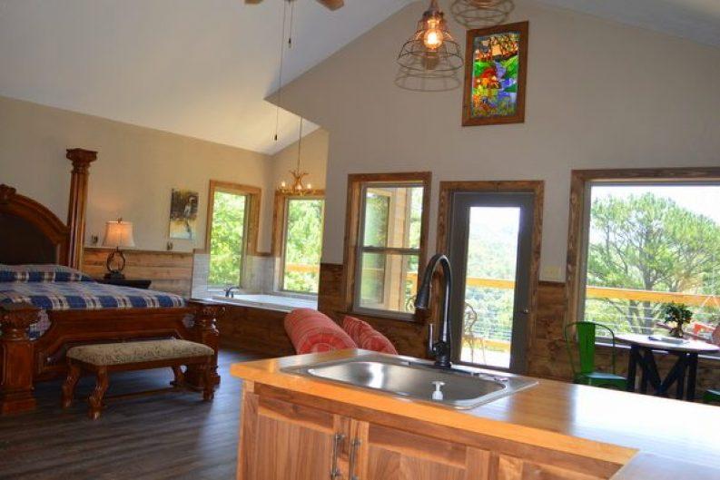 River Falls Cabin 001-008