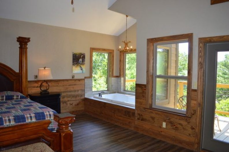 River Falls Cabin 001-011