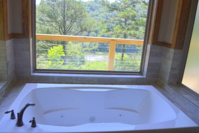 River Falls Cabin 001-012